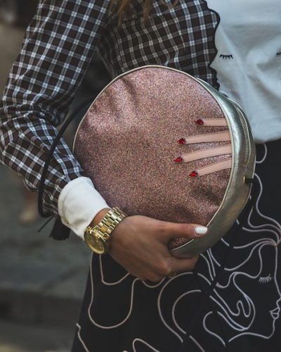 How To Buy Handbags