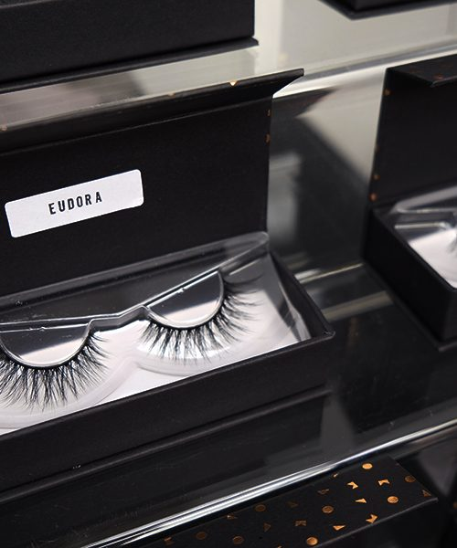 KOL COSMETICS EYELASHES