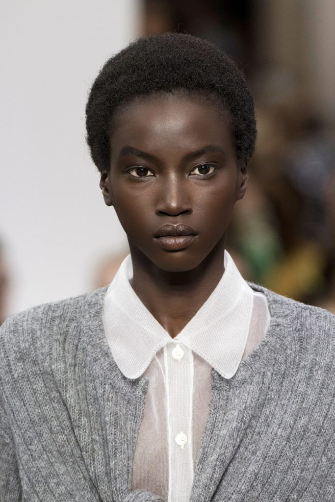 Afro Hairstyles 2019 Ss19 Shows Women The Kol Social